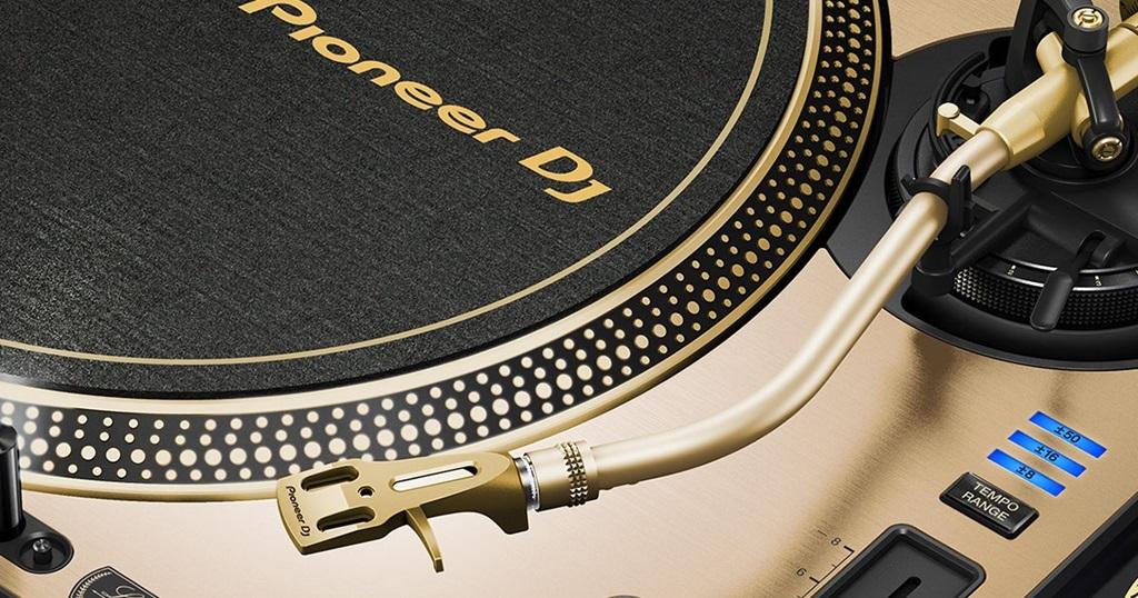 """Pionner DJ vuelve con novedades y versiones """"Gold Edition"""" - Blog de Microfusa"""